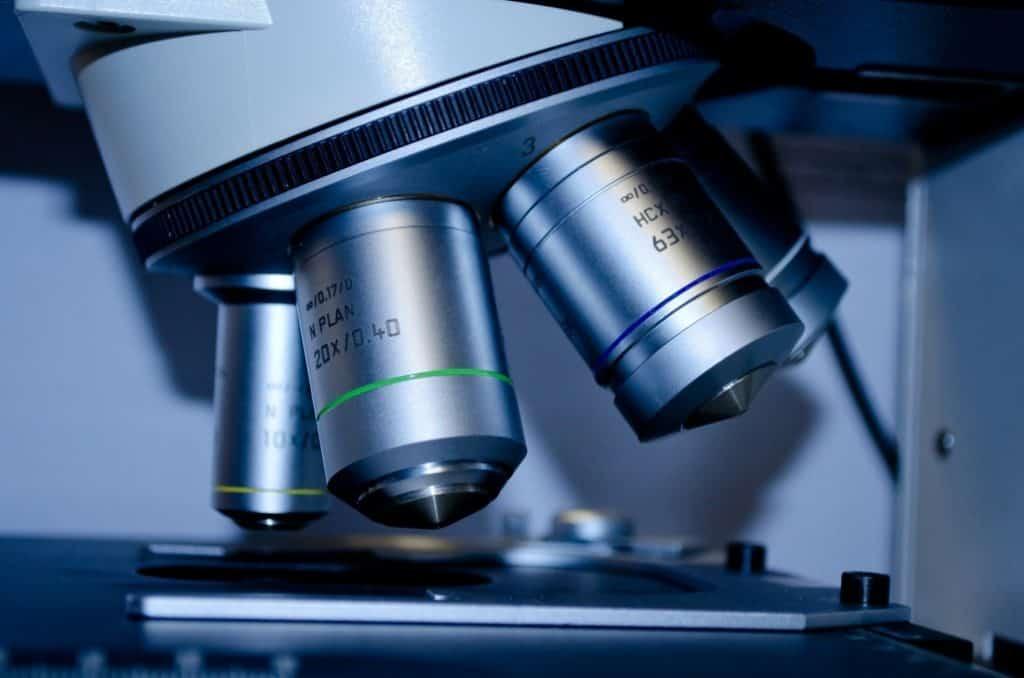 חברת מידע גנטית מנתחת DNA כולל DNA ספציפיות למטופל